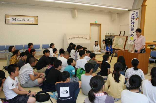 奥田よしの子さんによる蛍講話